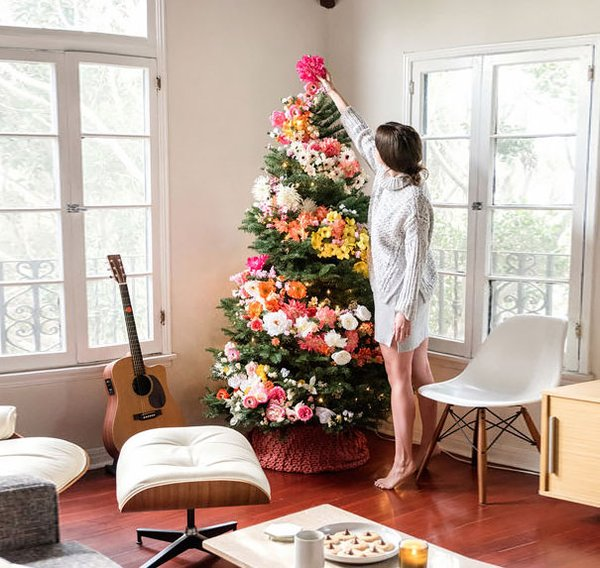 Stupendous! Know How To Make Your Christmas Tree Look Stupendous!