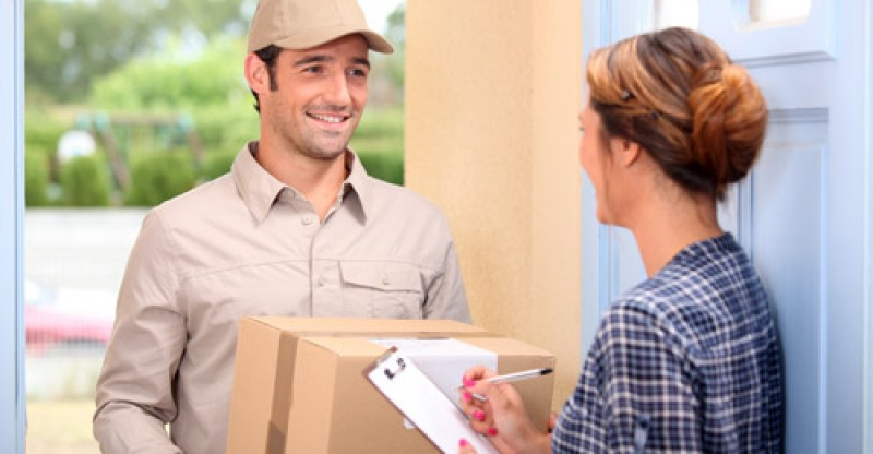 How To Select An International Courier Company
