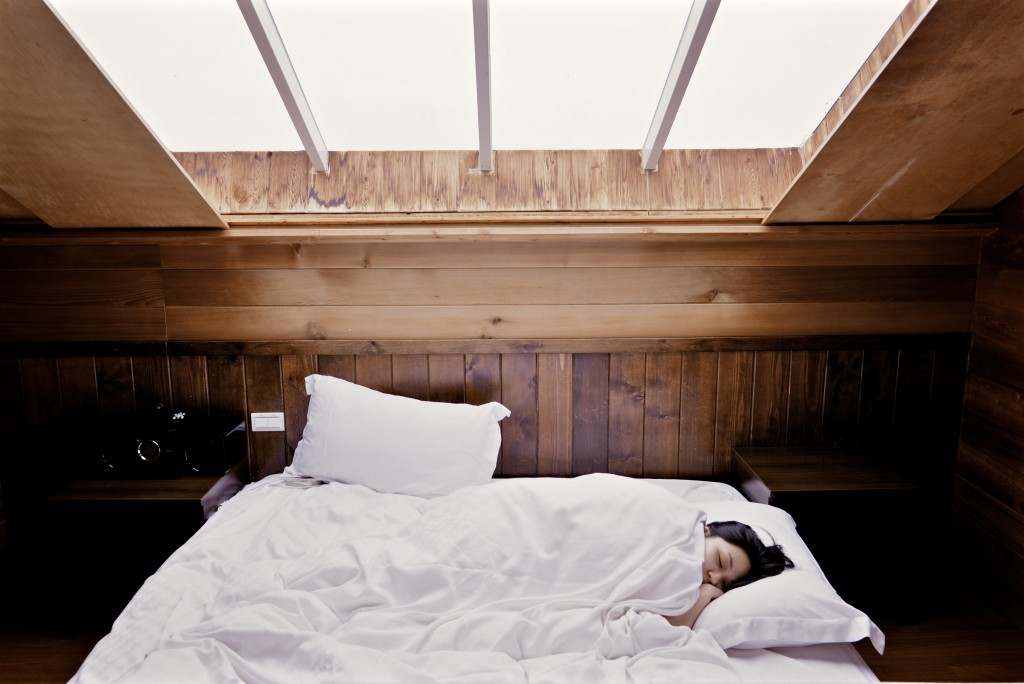 6 Easy Tricks For A Good Night's Sleep