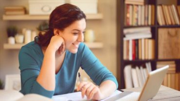Online Degree Challenging the Traditional Way