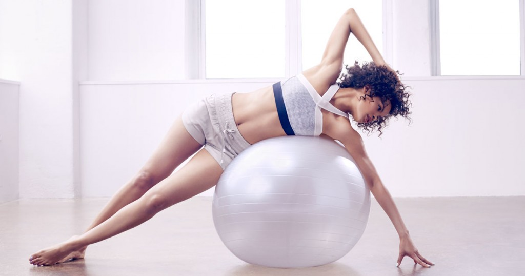 fb-exercise-ball-workout-102717035