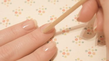How To DIY Your French Manicure!