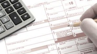 6 Things Small Businesses Should Know About 1099 Forms