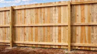 4 Signs That You Need To Replace Your Wooden Fence